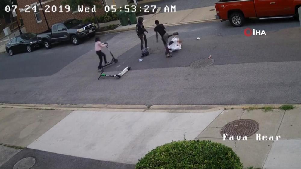 Caniliğin böylesi! Müslüman adamı sokak ortasında döverek öldürdüler 4