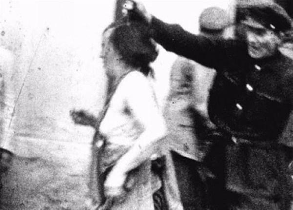 savunmasız kadınları sokakta çırılçıplak soydular 12