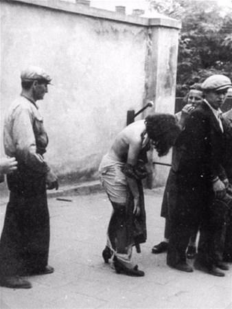 savunmasız kadınları sokakta çırılçıplak soydular 14