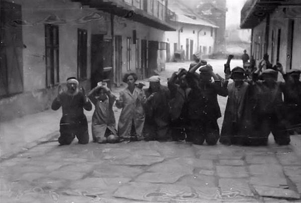 savunmasız kadınları sokakta çırılçıplak soydular 3
