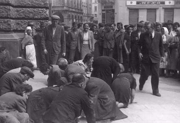 savunmasız kadınları sokakta çırılçıplak soydular 5