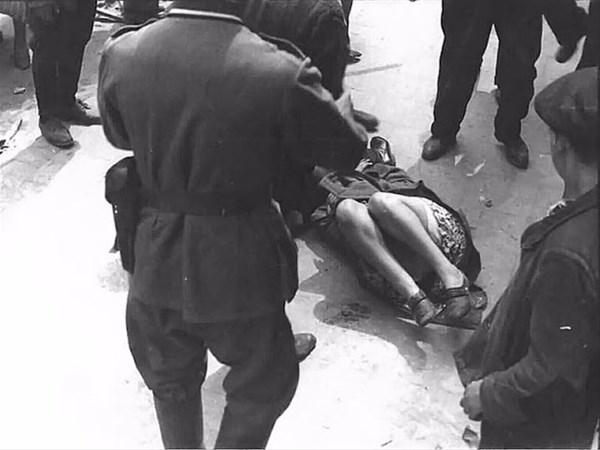 savunmasız kadınları sokakta çırılçıplak soydular 9