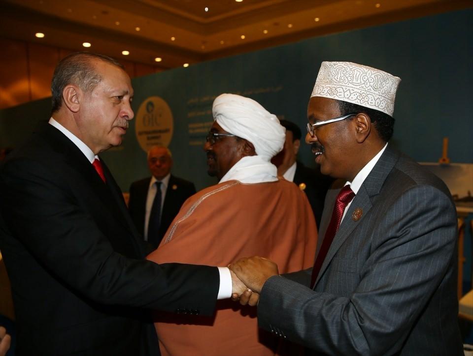 Acil toplanan İslam İşbirliği Teşkilatı Zirvesinin  sürpriz konuğu! 11