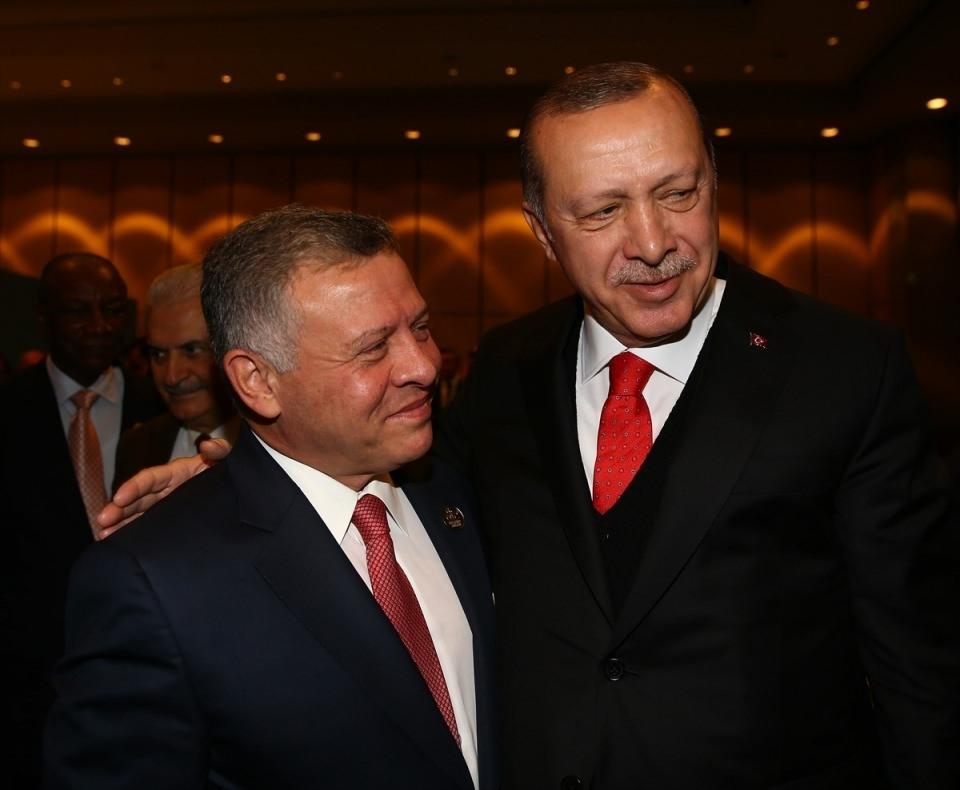 Acil toplanan İslam İşbirliği Teşkilatı Zirvesinin  sürpriz konuğu! 17