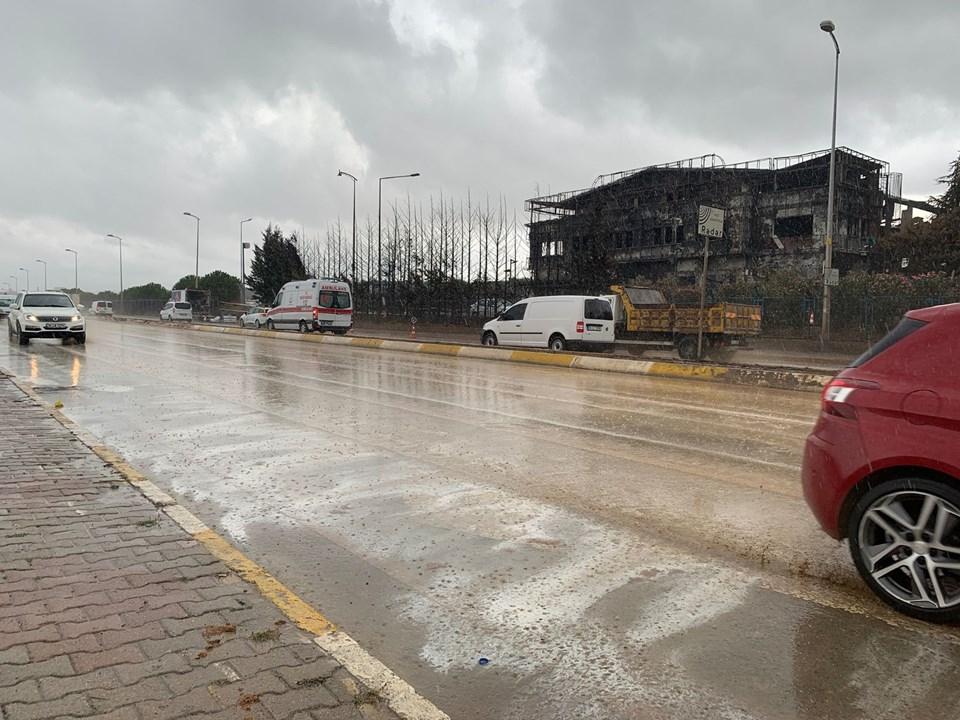 Tuzla'da yanan fabrika çevresinde sarı ve beyaz su tedirginliği! 1