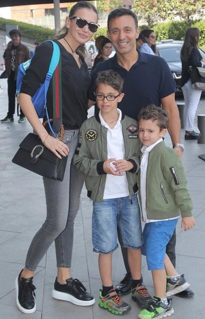 Mustafa, Emina Sandal çifti ayrılıyormu? Mustafa Sandal'dan açıklam 1