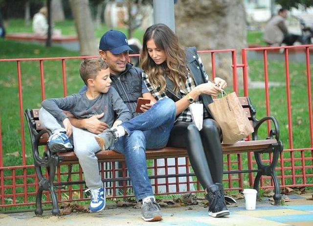 Mustafa, Emina Sandal çifti ayrılıyormu? Mustafa Sandal'dan açıklam 5