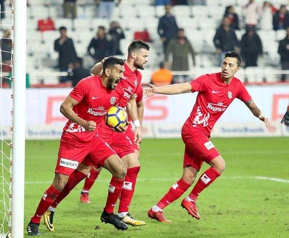 Türkiye'nin en değerli takımı belli oldu! bakın birinci kim? 13