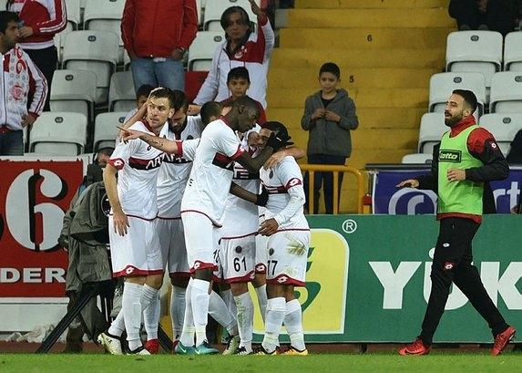 Türkiye'nin en değerli takımı belli oldu! bakın birinci kim? 6