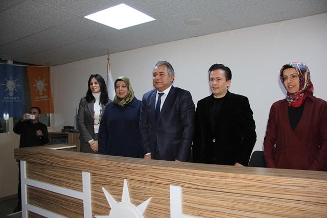 Tuzla'nın Kadın Kolları Başkan Adayı Derya Bacacı 5