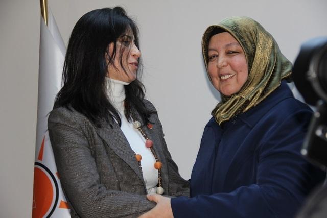 Tuzla'nın Kadın Kolları Başkan Adayı Derya Bacacı 7