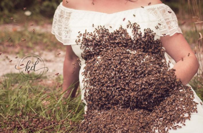 Hamile kadının arılarla şovu korkunç bitti 4