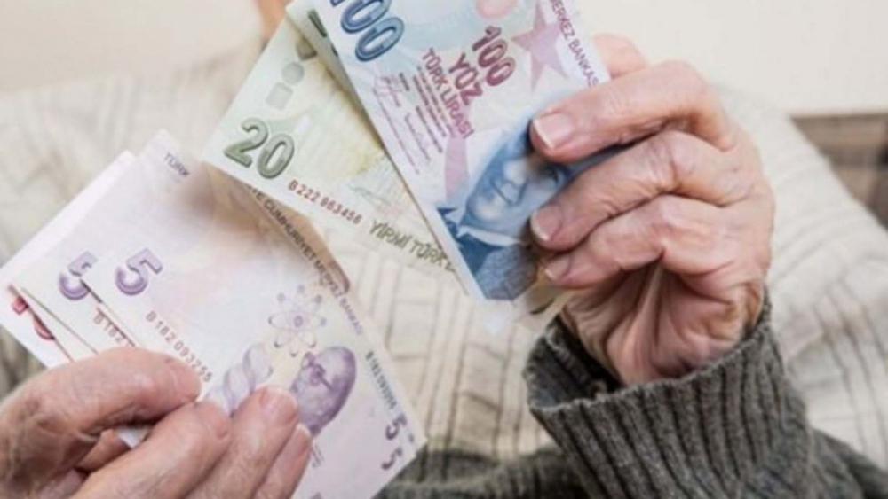 Milyonlarca emeklinin gözü Ocak zammında! İşte en düşük emekli maaşı... 1