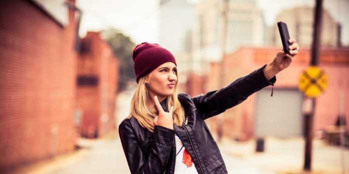 En iyi selfie çeken telefonlar belli oldu! iPhone yok... 1