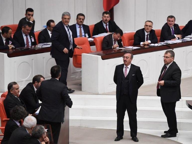 TBMM'de  AK Parti-HDP Arasında Man Adası Gerilimi! 15