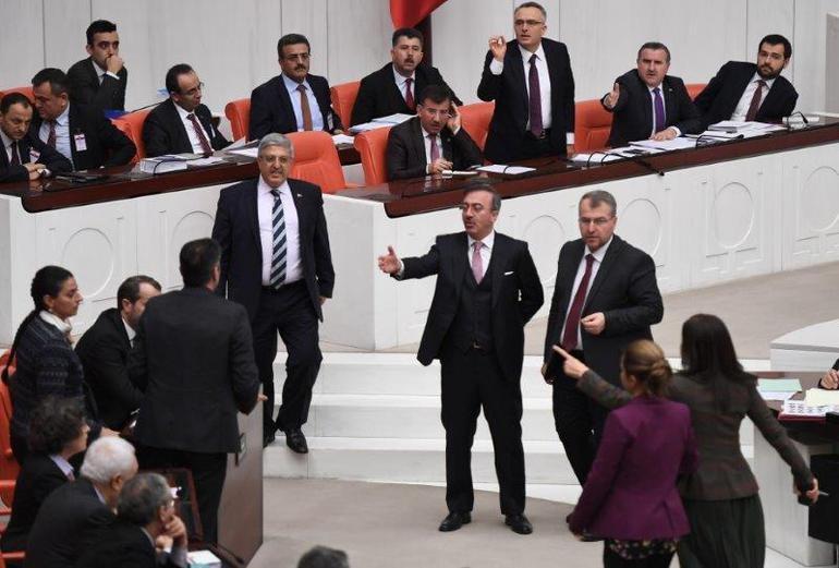 TBMM'de  AK Parti-HDP Arasında Man Adası Gerilimi! 8