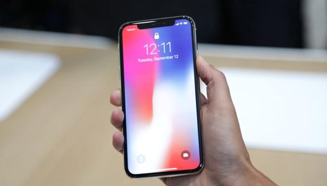 iPhone X, Samsung'u zenginleştirecek! 1