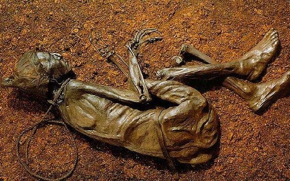 6 Asır oldu cesedi çürümüyor görenler hayrete düşüyor 15