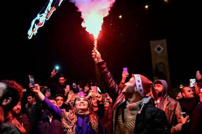 Türkiye 2018'e Nasıl Girdi Çok İlginç Görüntüler 1