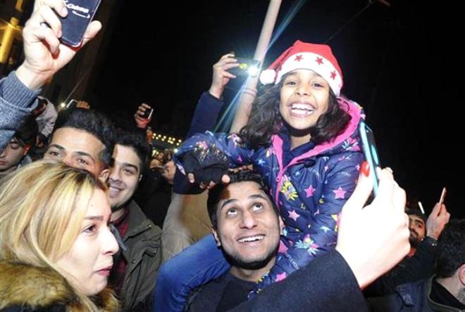 Türkiye 2018'e Nasıl Girdi Çok İlginç Görüntüler 4