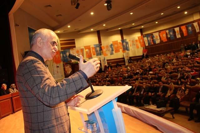 Ak Parti Pendik Kadın Kolları Başkanı Öznur Canayakın oldu 15