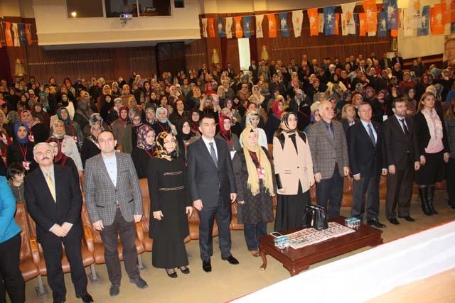 Ak Parti Pendik Kadın Kolları Başkanı Öznur Canayakın oldu 8
