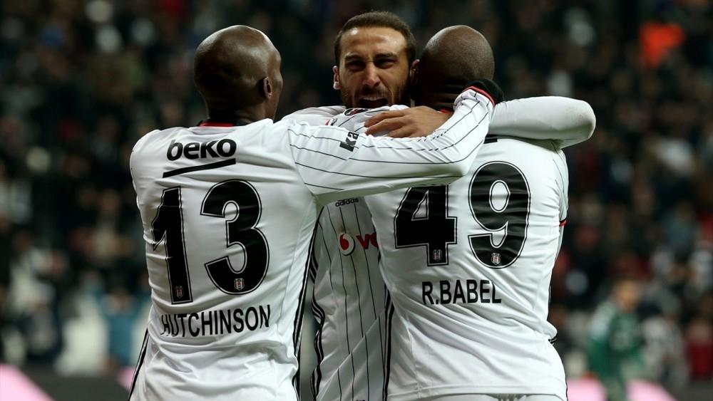 2017- 2018  yılı Süper Lig'de ilk yarının enleri 11