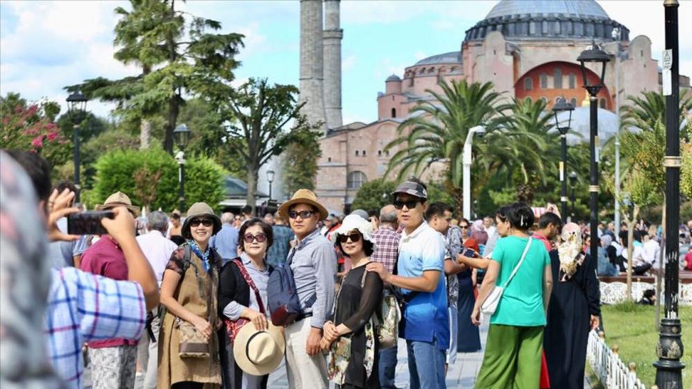 Vali Yerlikaya açıkladı: İstanbul'a gelen turist sayısı yüzde 10 arttı 1