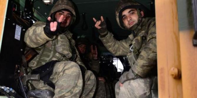 Kahraman askerlerimiz Afrin'e böyle uğurlandılar! duygu dolu anlar