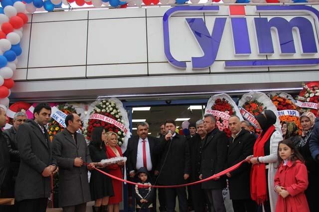 Yeni İstanbul Marketi'nin Açılışı Gerçekleşti 9