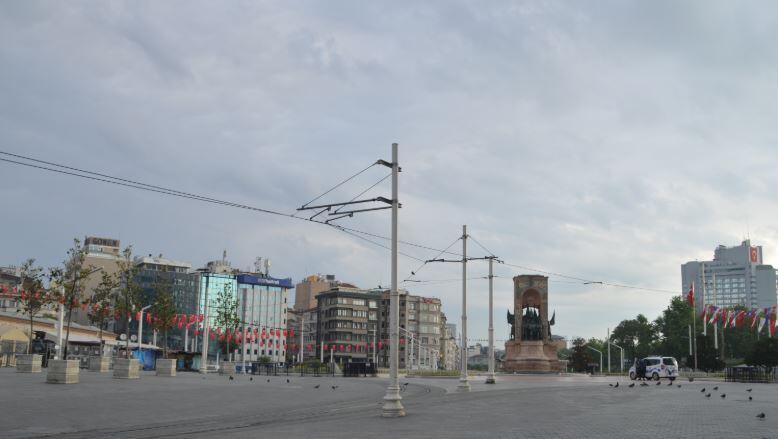 4 günlük kısıtlamanın ilk gününde İstanbul boş kaldı 1