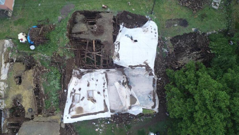 Bingöl'deki şiddetli depremin boyutu gün aydınlanınca ortaya çıktı 7