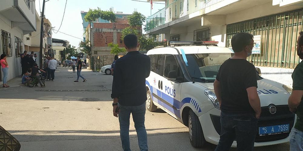 Babasına kızdı müdahaleye gelen polis araçlarını taşladı 7