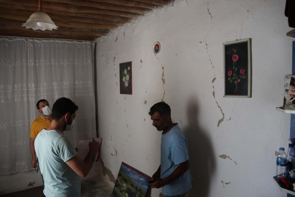 Şanlıurfa'daki şiddetli deprem bu hale getirdi! 11