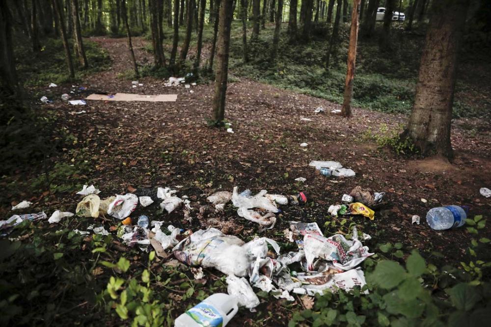 Belgrad Ormanı'nda utandıran görüntüler! Buldukları gibi bırakmadılar 13