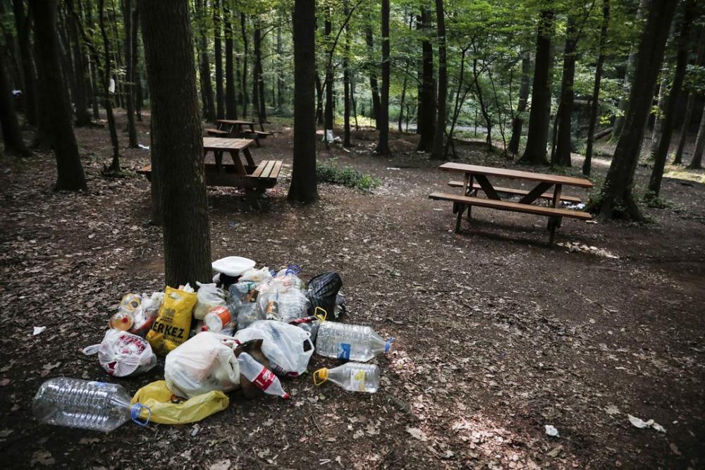Belgrad Ormanı'nda utandıran görüntüler! Buldukları gibi bırakmadılar 6