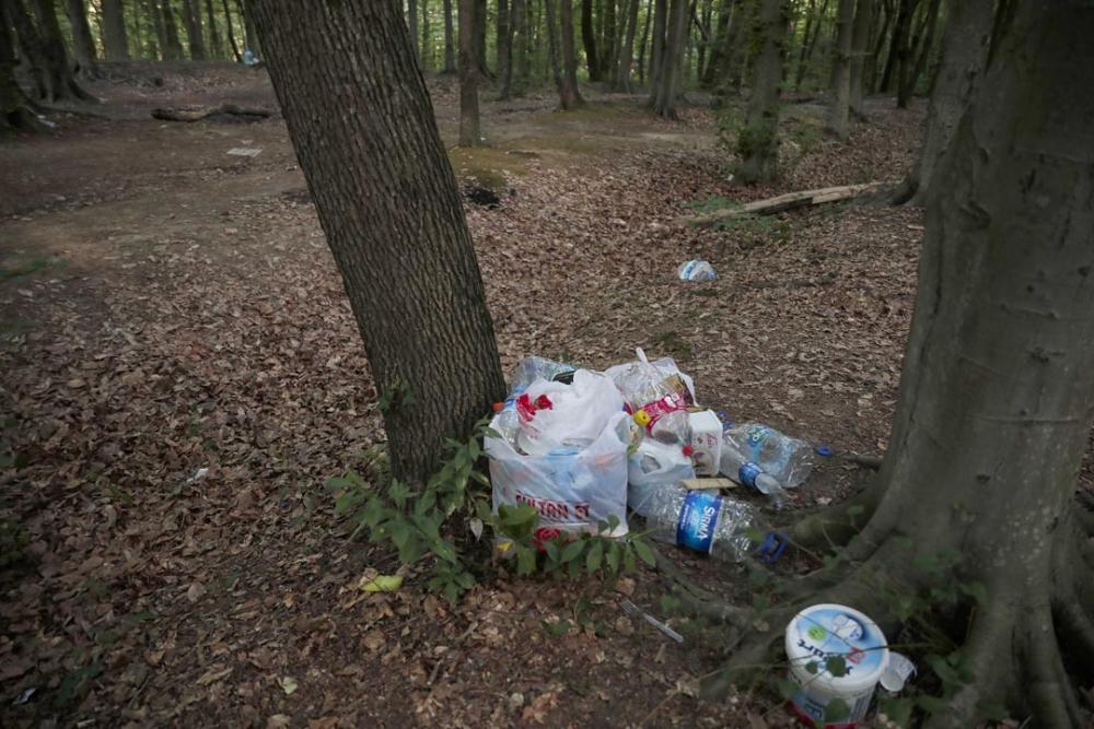 Belgrad Ormanı'nda utandıran görüntüler! Buldukları gibi bırakmadılar 9