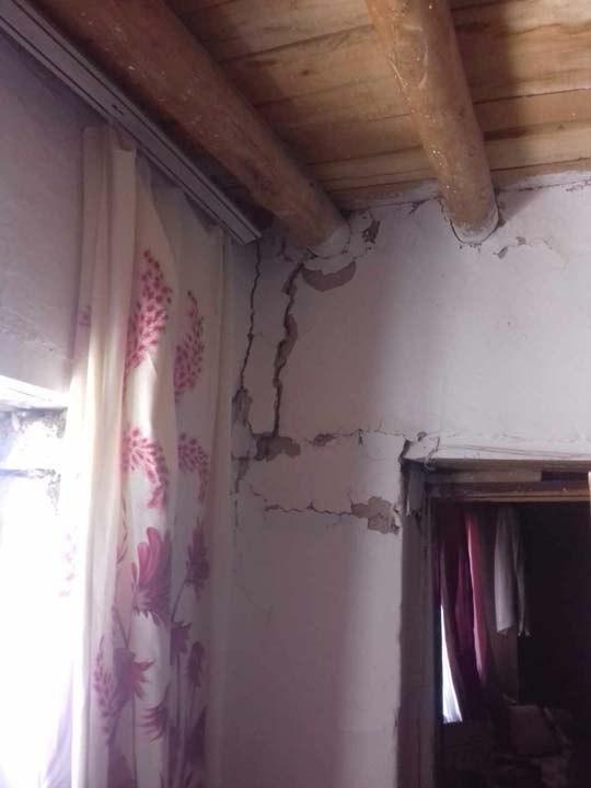 Van'daki depremden görüntüler!Bazı evlerde hasarlar oluştu 4