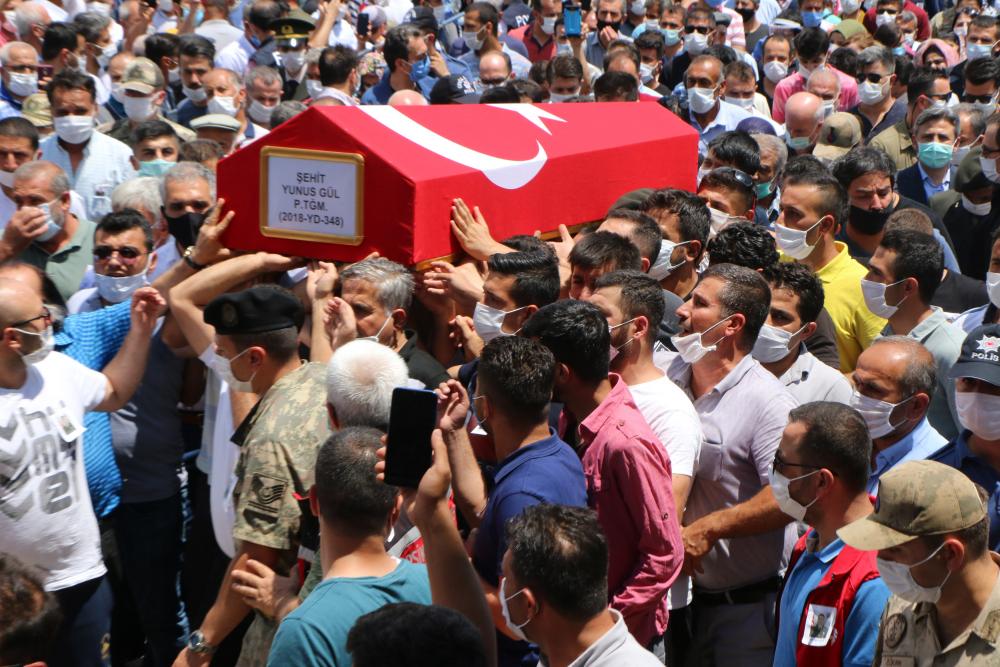 Şehit Piyade Teğmen Yunus Gül, memleketinde son yolculuğuna uğurlandı 2