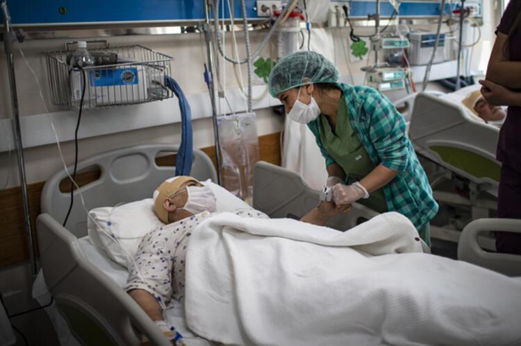 Türkiye'de vaka artışının sebebi belli oldu! İşte koronavirüs vakalarındaki artışın nedenleri... 9