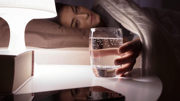 Vücudunuzu temizleyecek bu suyu yanınızdan ayırmayın! İşte tarifi... 12