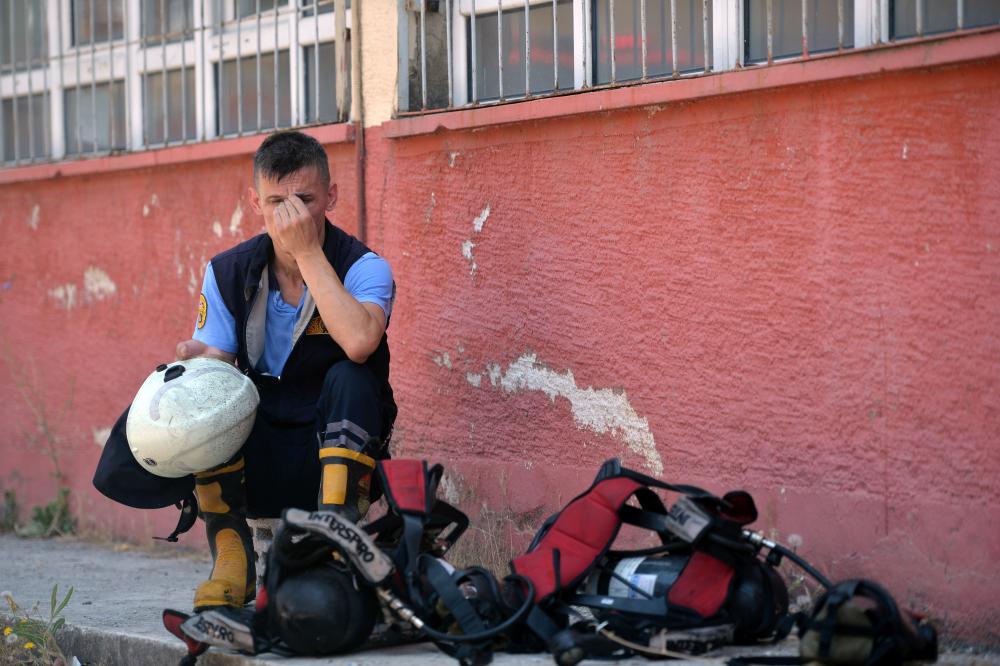Mersin'de lisede şiddetli patlama: 2 öğretmen yaralandı 8