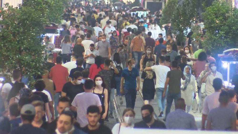İstiklal Caddesi eski günlerini aratmadı! İnanılmaz yoğunluk oluştu 2