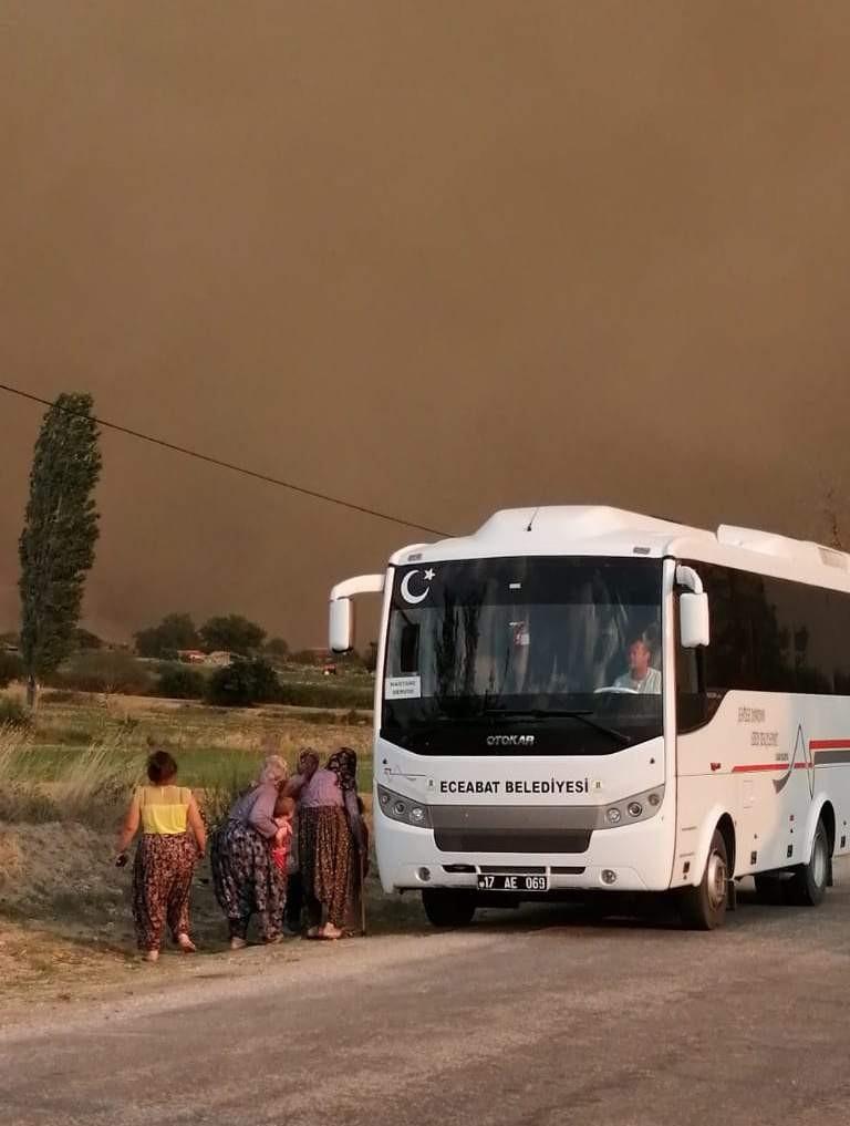 Çanakkale alev alev yanıyor! Vali Aktaş'tan yeni açıklama 8