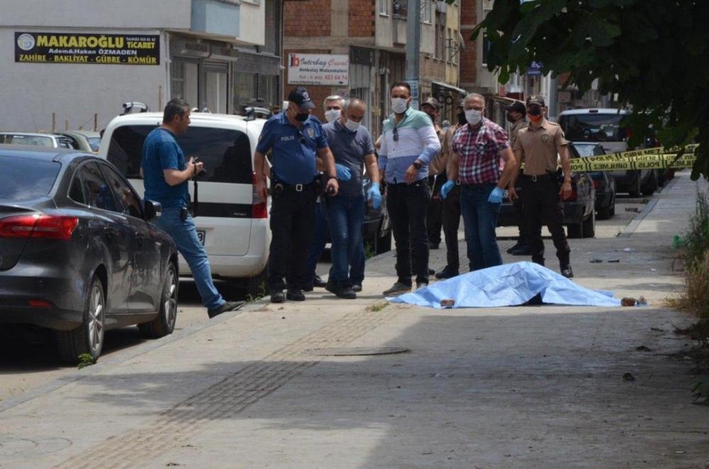 Ordu'da sevgilisini silahla öldüren katil zanlısı, polisi görünce kendini vurdu 4