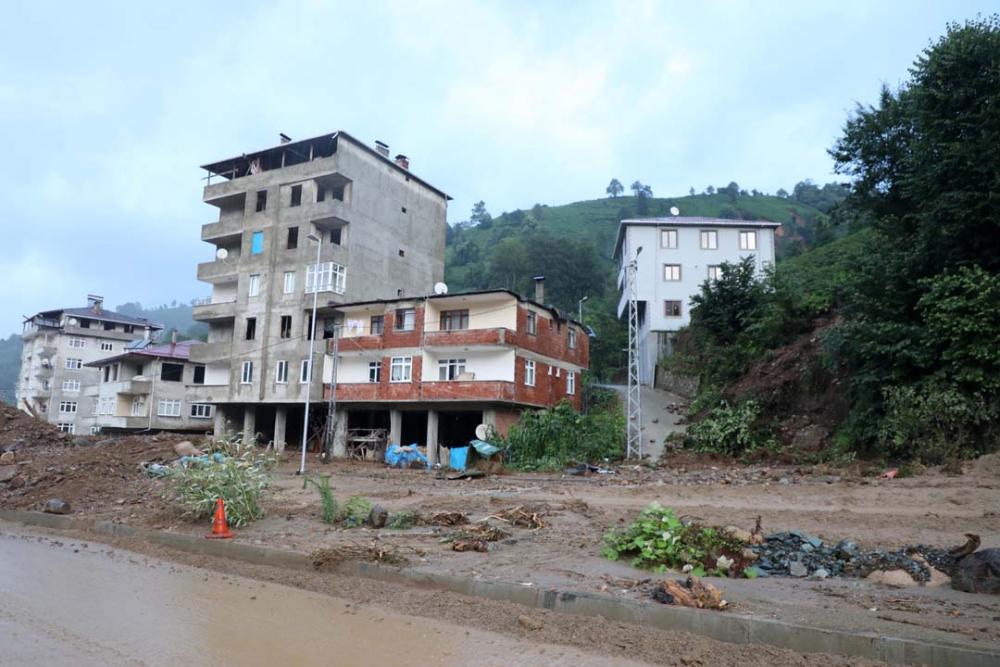 Rize'de meydana gelen selin bilançosu ortaya çıktı 10