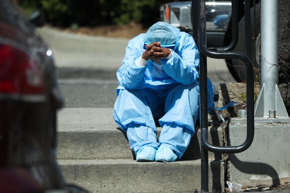 """Beyaz Saray'dan 18 eyalete koronavirüs için """"kırmızı bölge"""" uyarısı yapıldığı ortaya çıktı 13"""
