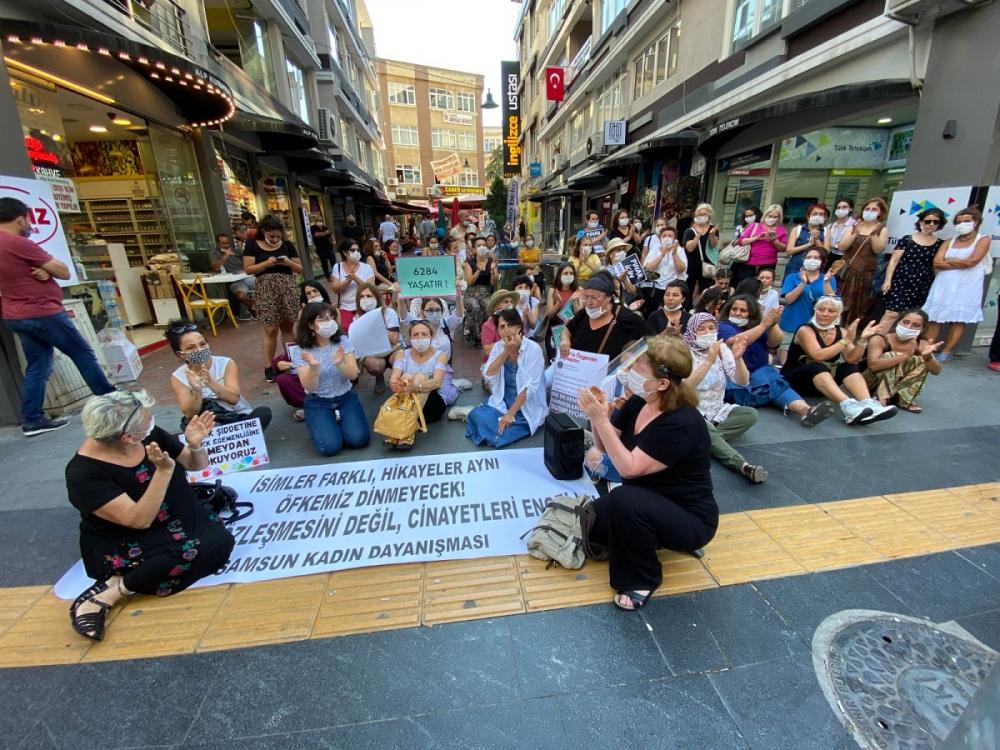 Pınar Gültekin cinayetini protesto eden kadınlara laf atan adama vatandaşlardan tepki 9