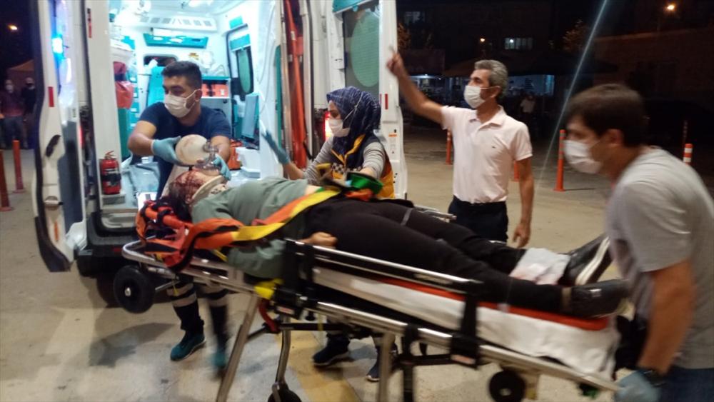 Bursa'da can pazarı! Korkunç kazada 4 kişi öldü, 6 kişi yaralandı 9
