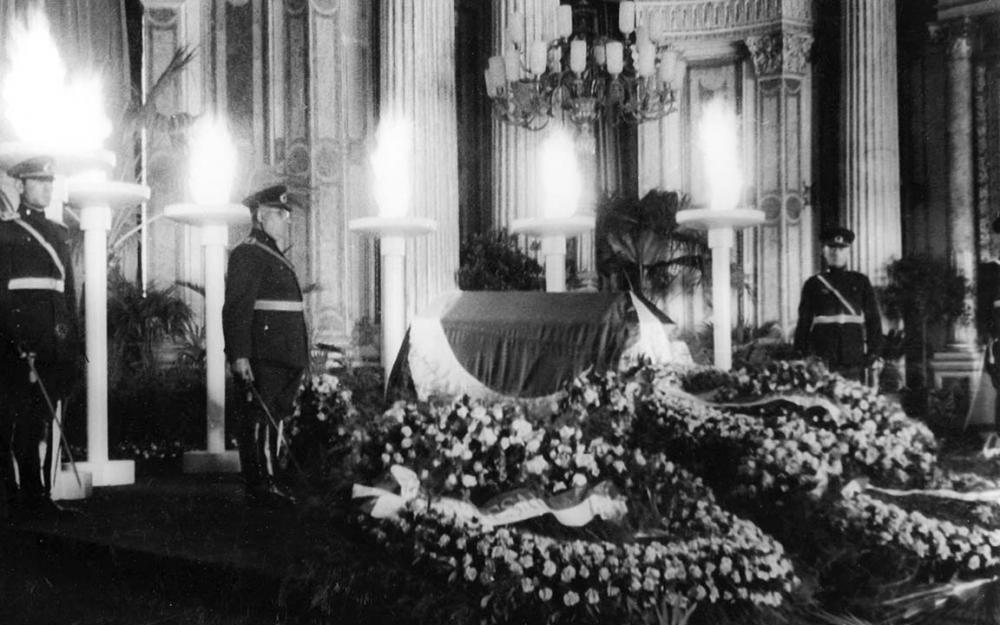 Mustafa Kemal Atatürk'ün cenaze törenlerinden ilk kez gün yüzüne çıkan fotoğrafları! 1